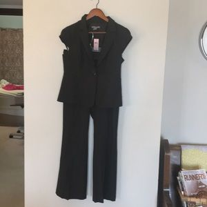 NWT petite Ann Taylor pinstriped suit